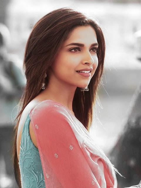 Hot n Sexy Deepika Padukone