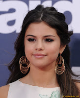 Selena Gomez 2011 MTV Movie Awards