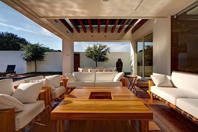 Rumah Kontemporer Gaya Amerika Latin 3