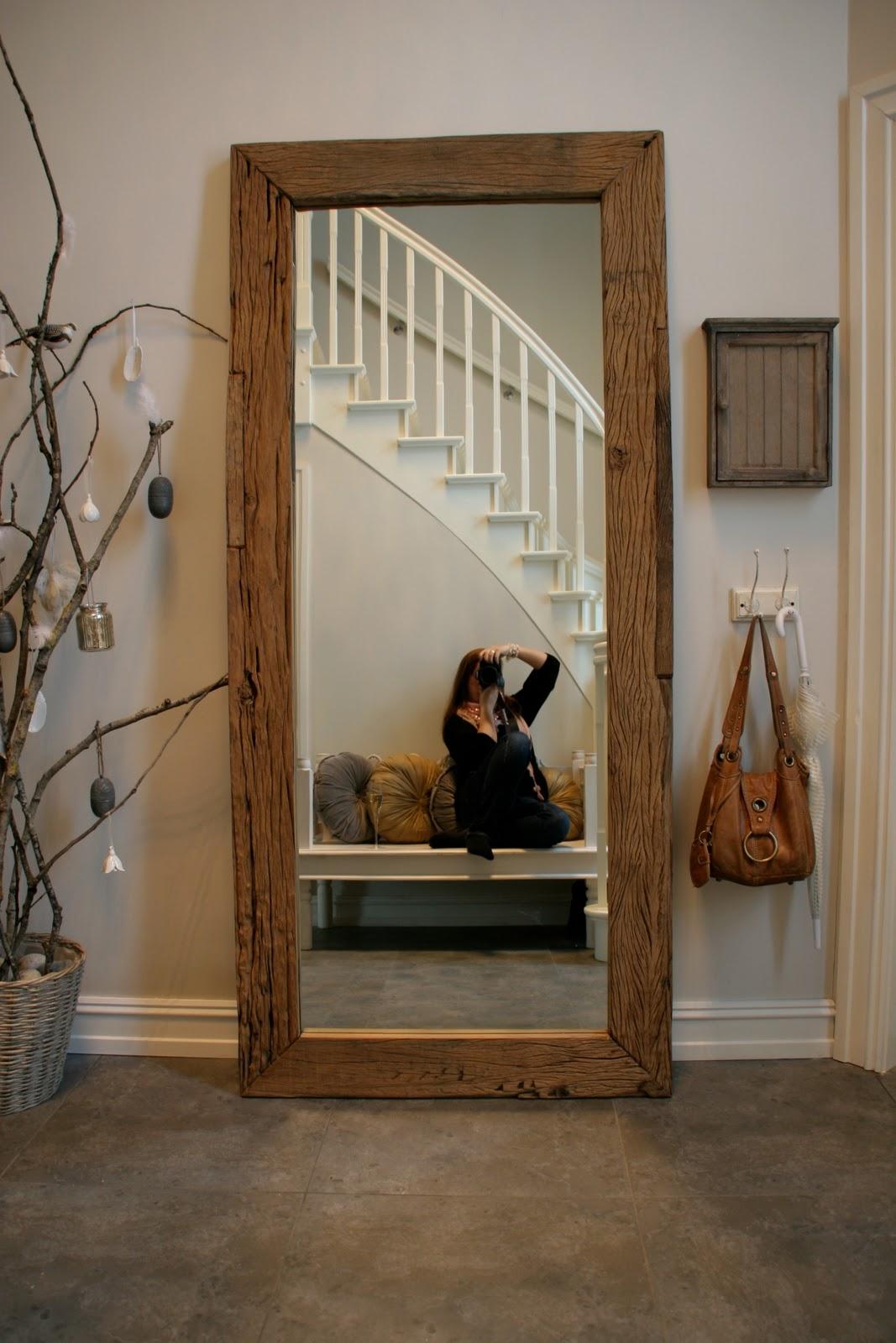 house doctor speil i hallen villa von krogh. Black Bedroom Furniture Sets. Home Design Ideas