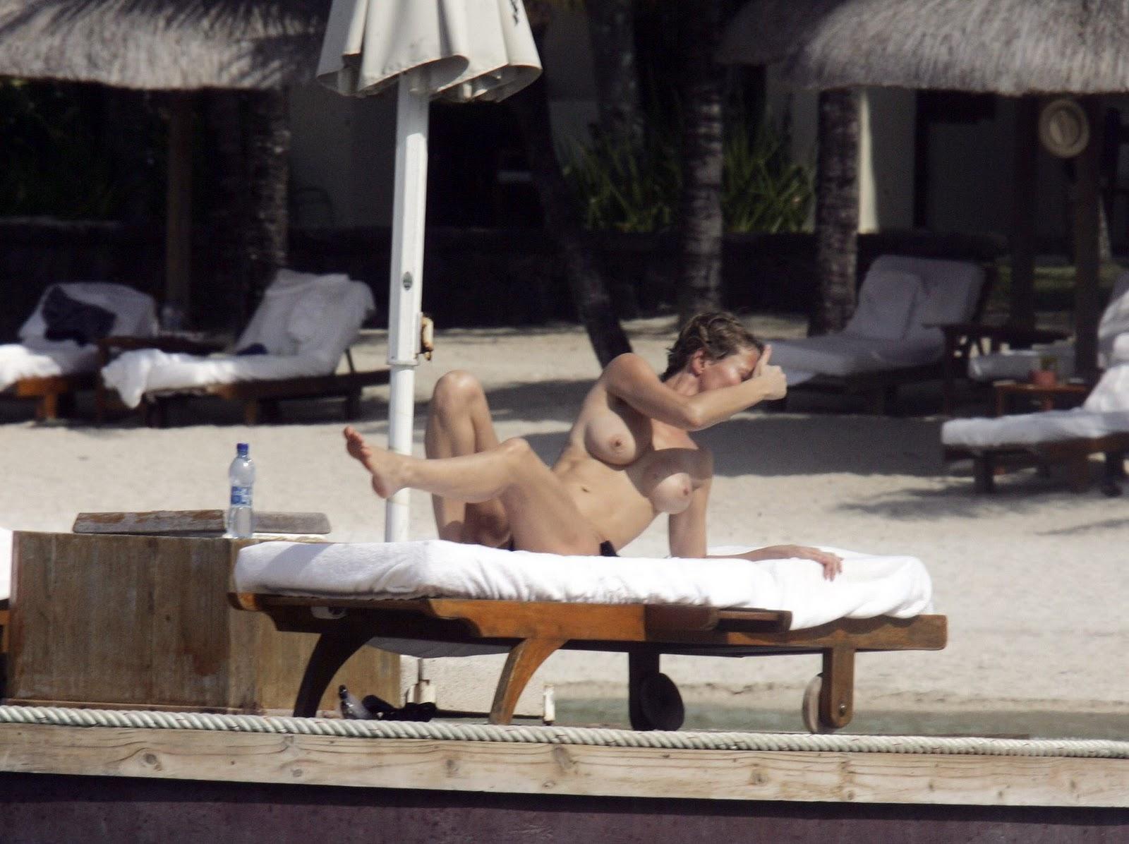 http://4.bp.blogspot.com/-9VMwr3NFbxo/TyjJbNl2bDI/AAAAAAAACuQ/zHT-VRftR-g/s1600/Karen+Mulder+Topless+Bikini+Candid+Beach+Photos+In+Mauritius+www.GutterUncensored.com+002.jpg