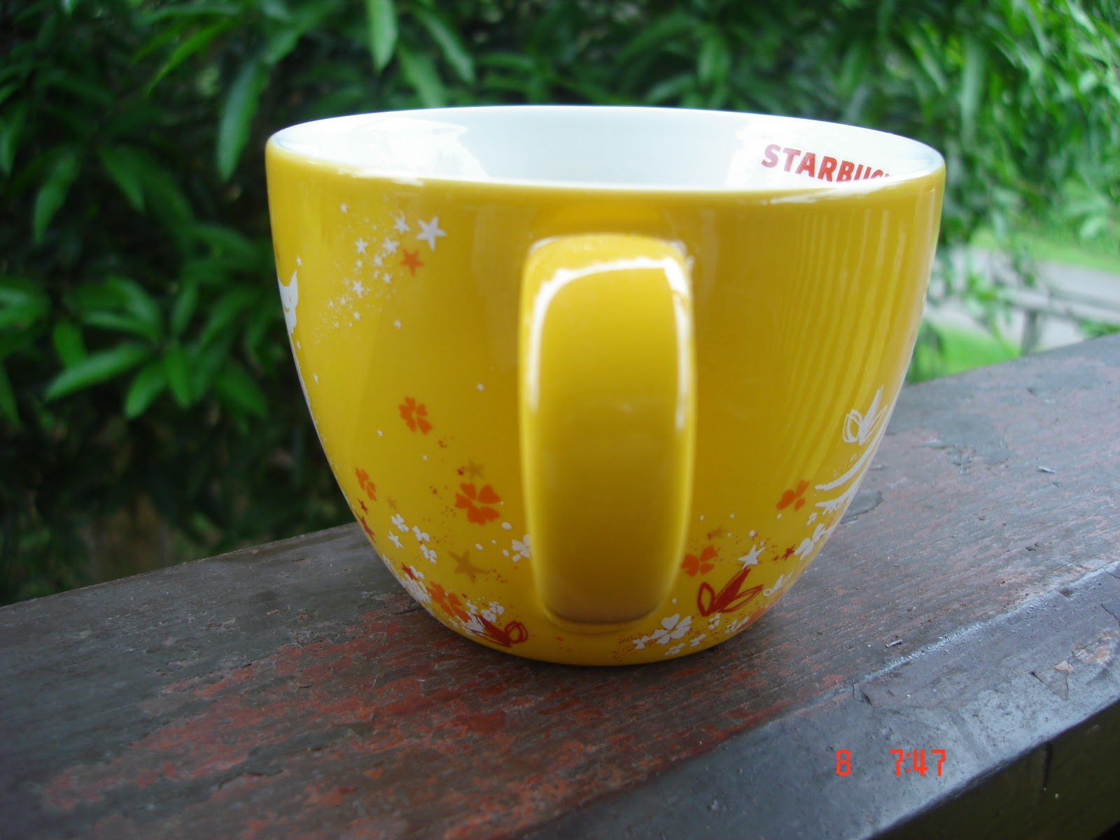 a cup a day: 2008 starbucks moon cake festival yellow mug