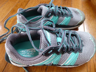 Altra Womens Running Shoes - Lone Peak
