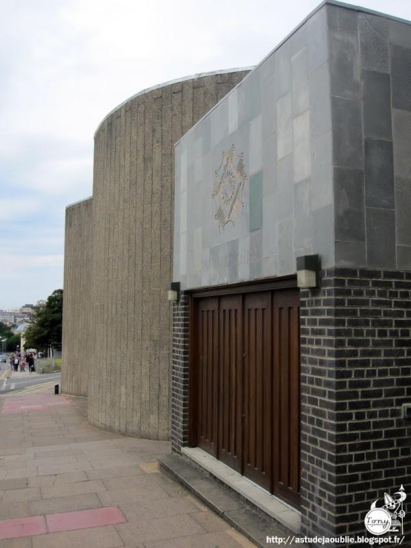 Brighton - UK - National Spiritualist Church  Architectes: Overton & Partners  Construction: 1964