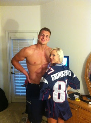 Bibi Jones and Rob Gronkowski's Pictures