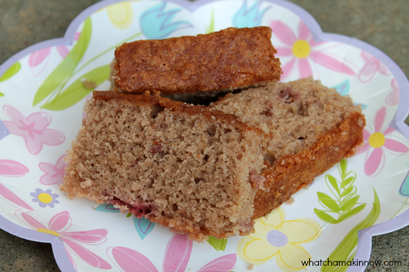 Strawberry Bread - tastes a lot like Amish Friendship Bread!