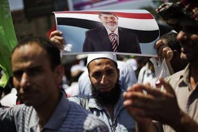 Kini lelaki Muslim Mesir berjanggut tidak merasa bebas kerana dicurigai