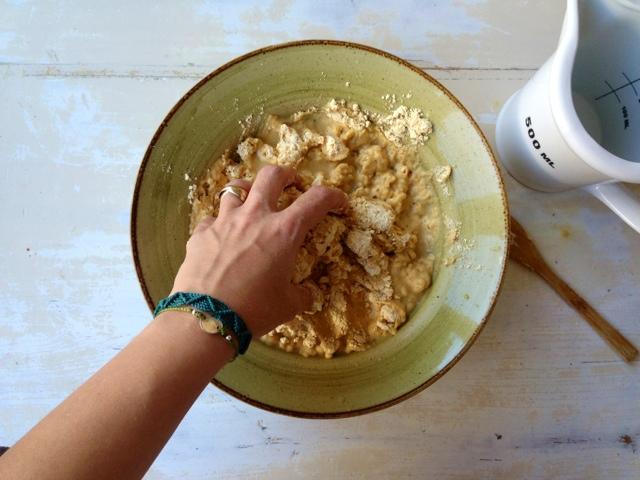 receta talo mezclar harina y agua
