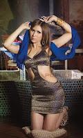 Foto Dewi Cinta di Majalah Popular