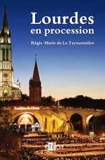 Lourdes en Procession