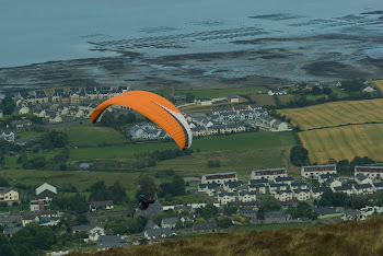 Paragliding Carlingford 2011