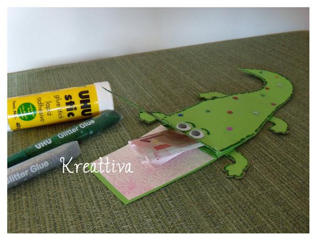 http://kreattiva.blogspot.it/2013/05/coccodrillo-portasoldi.html