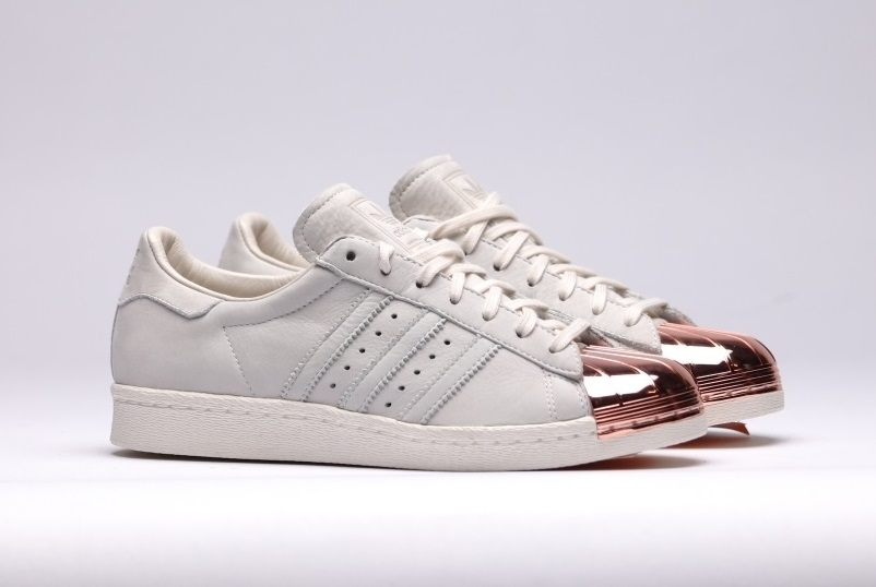 Superstar adidas 80s metal freedom - Hoofd fluwelen bed ...
