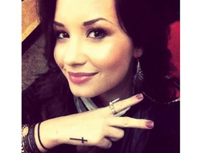 Imagens de tattoos de Demi Lovato