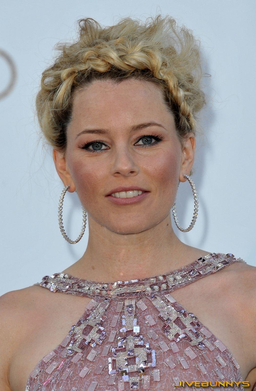 http://4.bp.blogspot.com/-9Wop28UTveI/T3homzvZNFI/AAAAAAAAED4/NwhPKHxOsQU/s1600/elizabeth-banks-actress-celebrity-101700.jpg