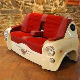 Sofá con Seat 600, Muebles con Autos Reciclados
