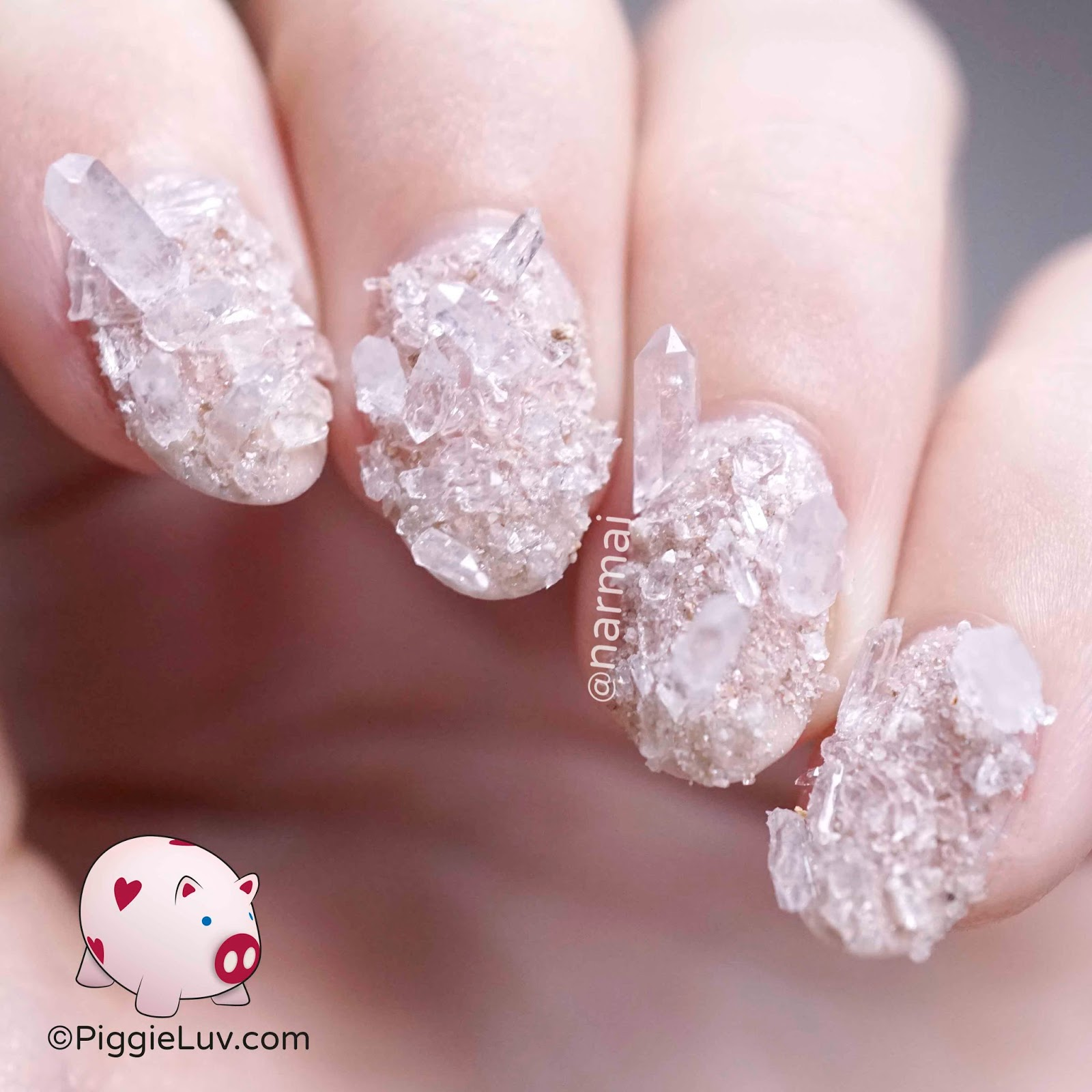 PiggieLuv: Rock crystal/quartz nail art
