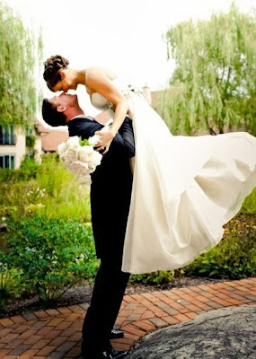 Bride and Groom Photography Ideas and Poses
