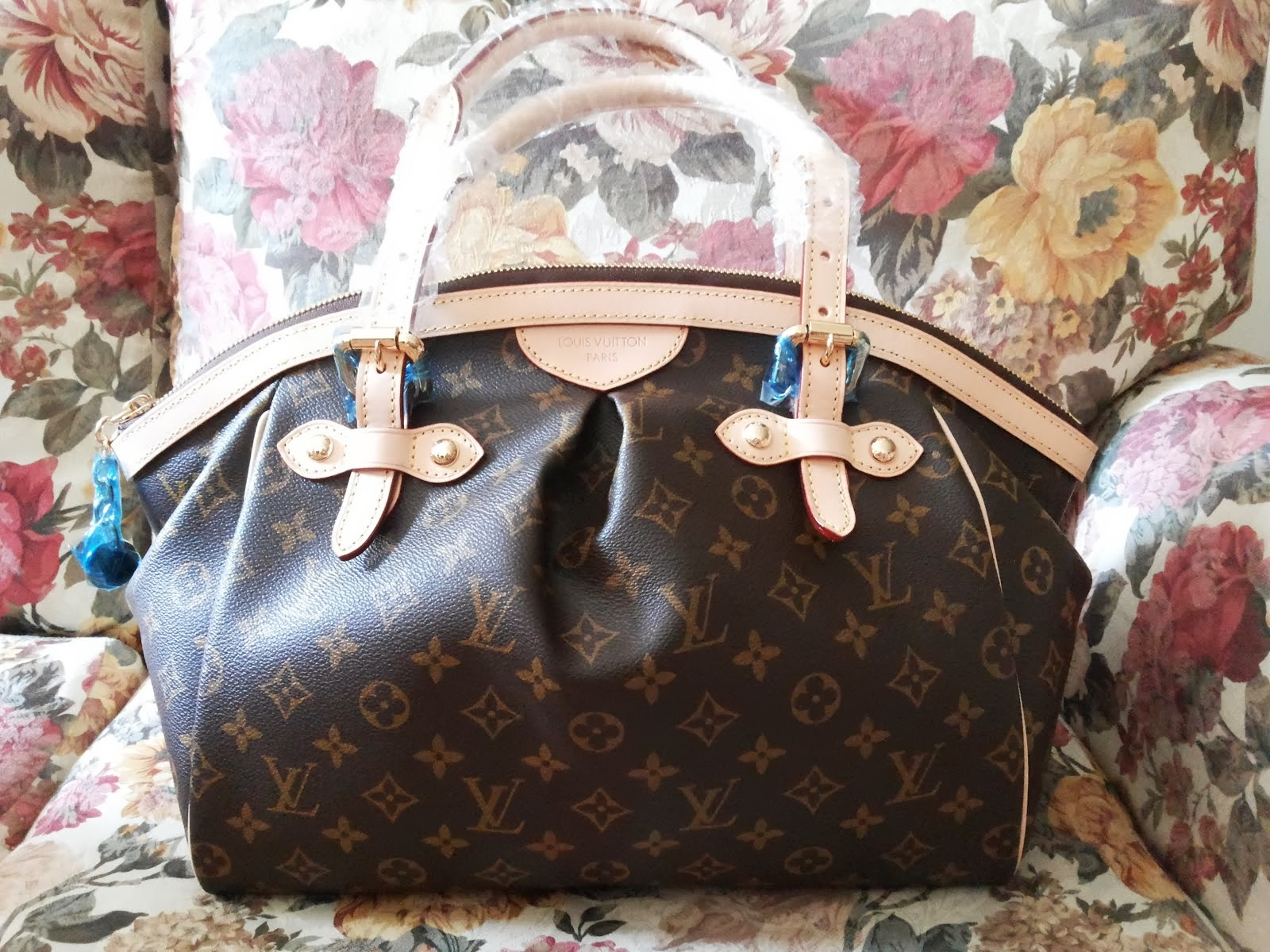 Louis Vuitton Sales!