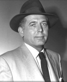 Robert Shayne as Inspector Henderson, Adventures of Superman (TV show)