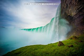 Niagara Falls View from Up Close by Chris Gardiner Photography www.cgardiner.ca