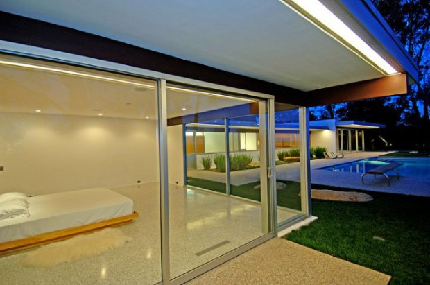 modern interior design  Richard Neutra s SINGLETON HOUSE   Richard