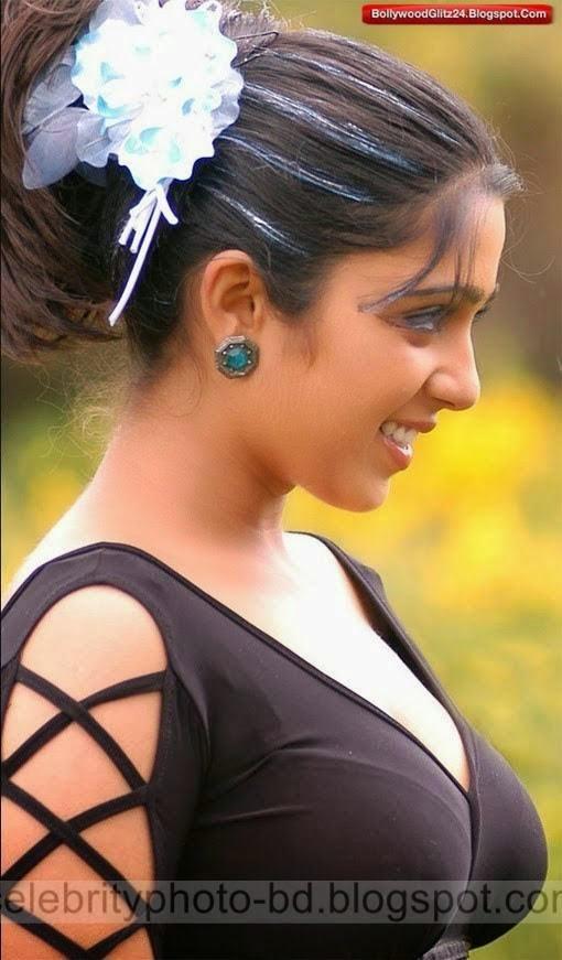 Telugu%2BActress%2BCharmi%2BKaur's%2BSizzling%2BHot%2BPhotos%2Bgallery%2B2014003