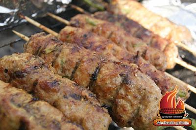 Mechanik grilluje mechanik pszczyna długi weekend polacy lubią grillować kebab kebap mechanik śląskie