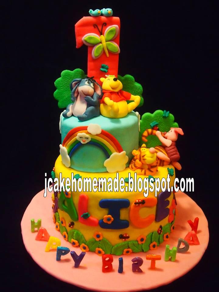 Jcakehomemade Winnie the Pooh theme birthday cake
