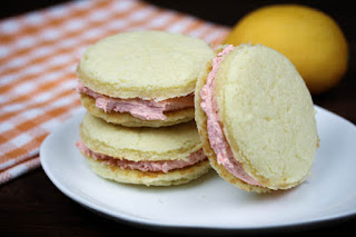 strawberry-lemonade-cake-cookies