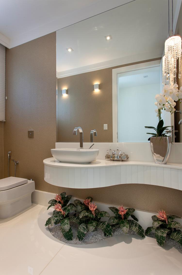 Construindo Minha Casa Clean BanheirosLavabos Modernos com Pendentes de Cri -> Banheiro Pequeno Com Jardim De Inverno