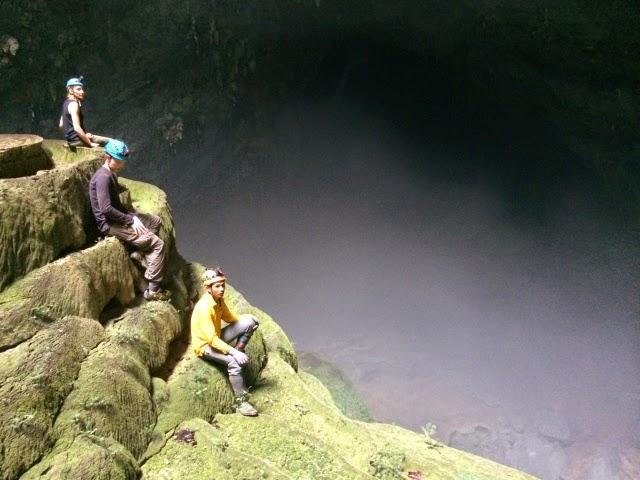 trekking Son Doong 12