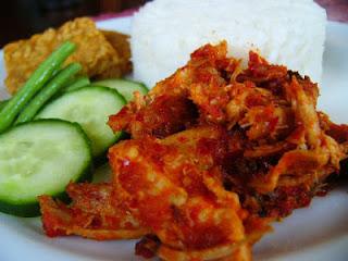 Resep membuat Ayam Suwir Pedas Yang Enak