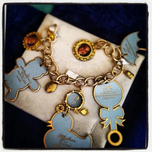 Charm Bracelet Baby Shower Invitation | Blue Badger