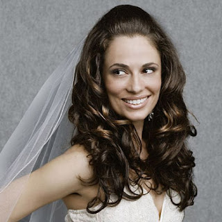wedding hairstyles with a mantilla veil