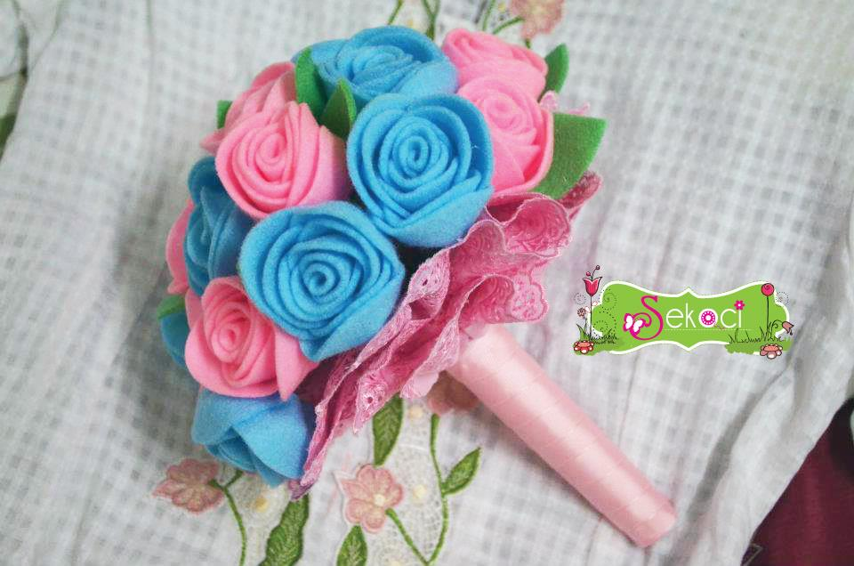 Wedding Favor Bridal Hand Bouquet Felt Flower