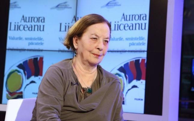 http://adevarul.ro/news/societate/interviu-aurora-liiceanu-psiholog-desi-traim-intr-o-lume-individualista-grupul-glorificat-1_552b5067448e03c0fd8b343b/index.html