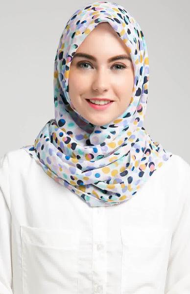 Contoh Hijab Modern yang Simple