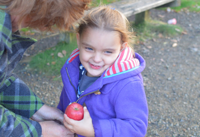 Girl with Apple Autumn Winter