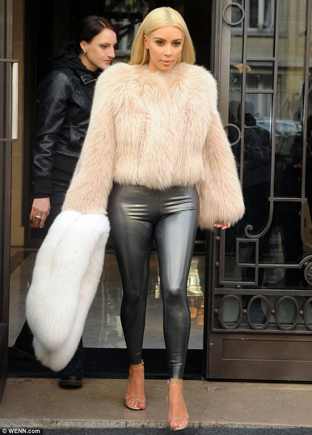 Blonde Kim Kardashian outfits looks fashion 2015