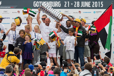 Ian Walker et ses hommes vainqueurs de la Volvo Ocean Race !