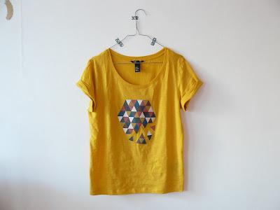 gabulle in wonderland diy 10 tutos pour customiser un t shirt. Black Bedroom Furniture Sets. Home Design Ideas