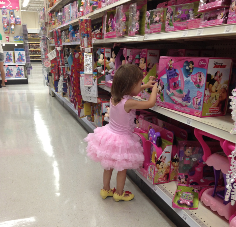 Toys R Us For Girls 8 Years Old : Kandeeland ellie s outfit of the day minnie mouse shoes
