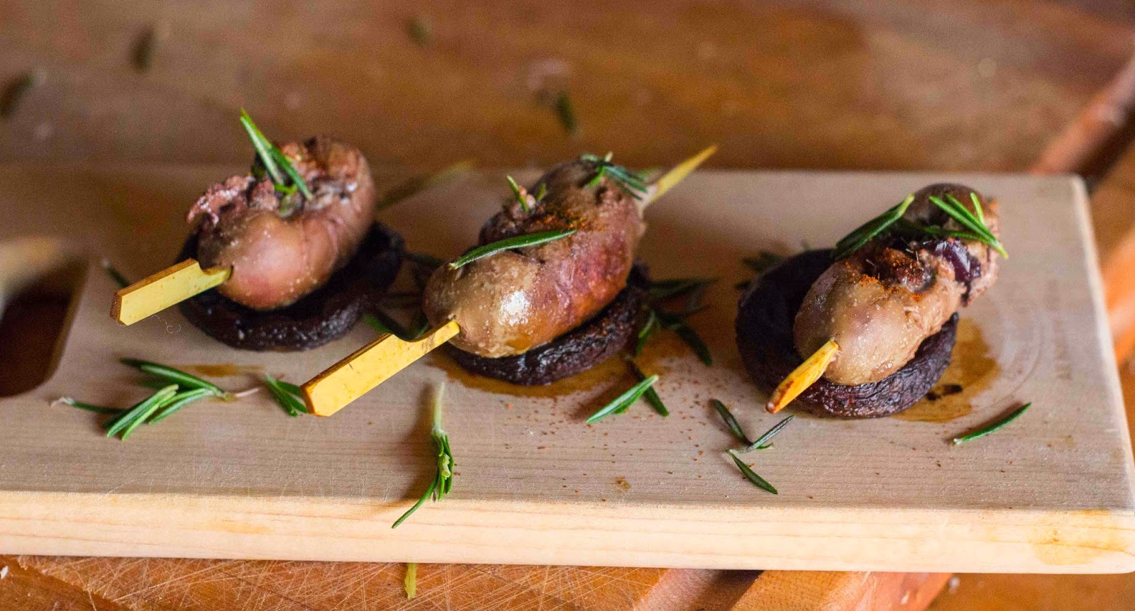 Lamb Kidney Canapés with Olive and Anchovies for Lamb Kidney Cooked  153tgx