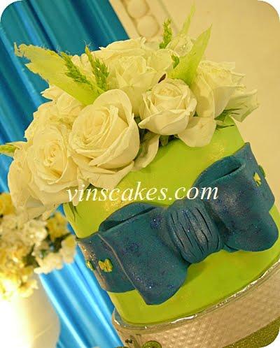 Blue Navy Green Wedding Cupcakes