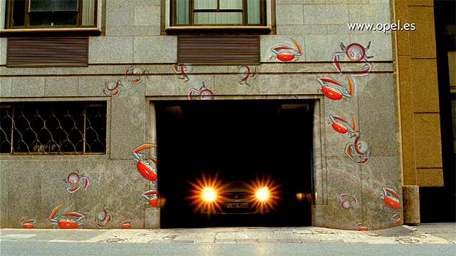 Imagen del anuncio Opel Corsa Lo normal, es ser diferente Febrero 2011 Grafitis