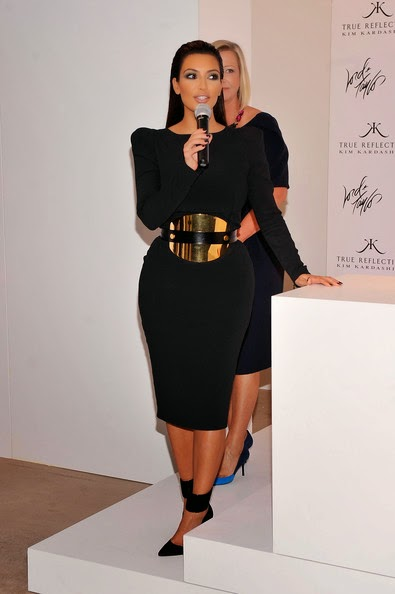 How To Style- Ways to Accessorise your LBD - Black Dress and Accessories