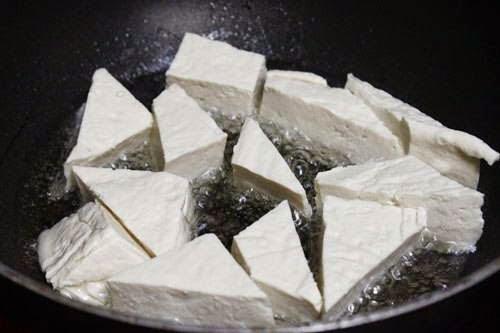 Vietnamese Recipes Vegetarian - Đậu hũ sốt chua ngọt tẩm vừng