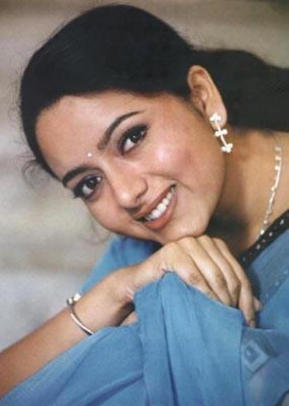 For Enjoy Tamil Video Songs Biography And Video Songs Of Actress Roja