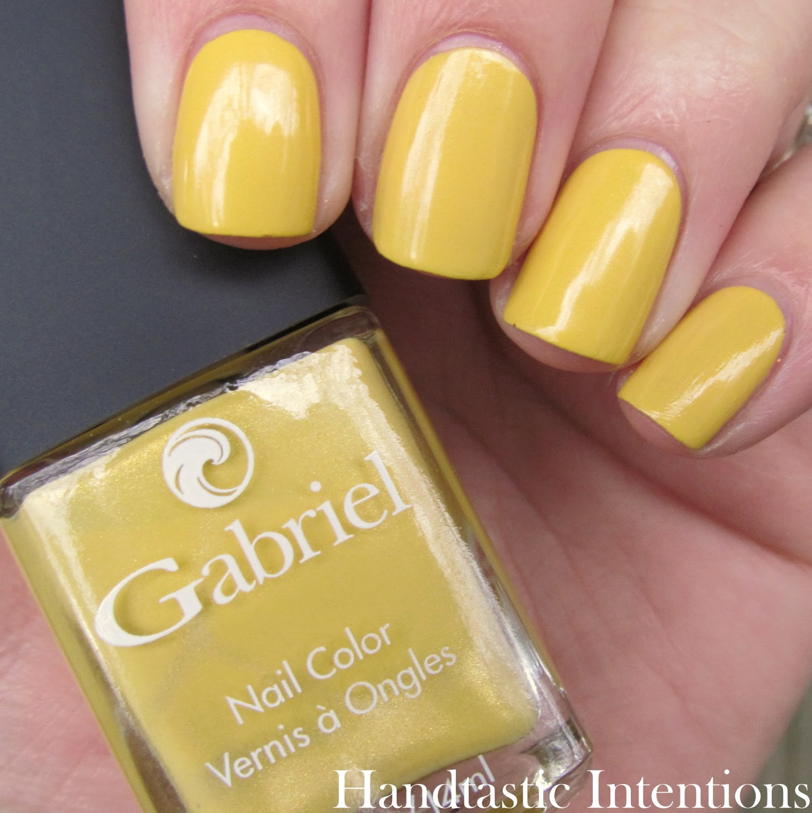 Gabriel-Cosmetics-Golden-Yellow-Swatch